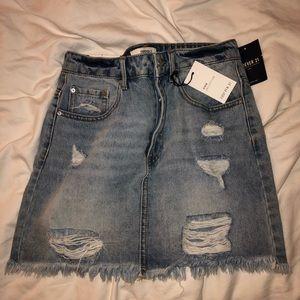 High wasted denim skirt
